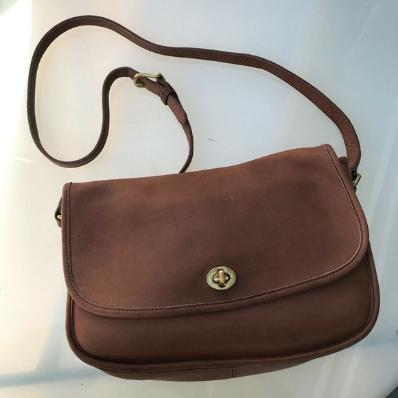 Coach Handbags - Vintage Coach Leather Foldover Crossbody Bag #1393